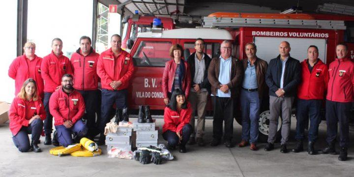 Os resíduos separados nas festas reverteram em equipamentos de Proteção Individual para os Bombeiros Voluntários de Vila do Conde.