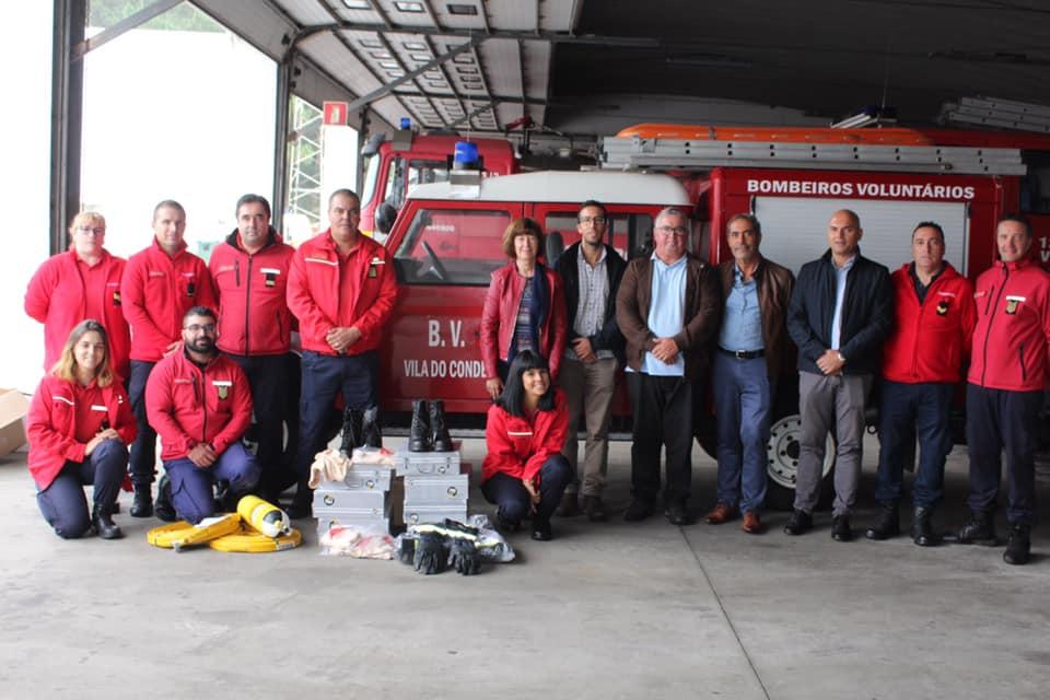 74365765 2698105413583418 3735591451153661952 n - Os resíduos separados nas festas reverteram em equipamentos de Proteção Individual para os Bombeiros Voluntários de Vila do Conde.